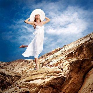 8174636_s.jpg woman on rocks